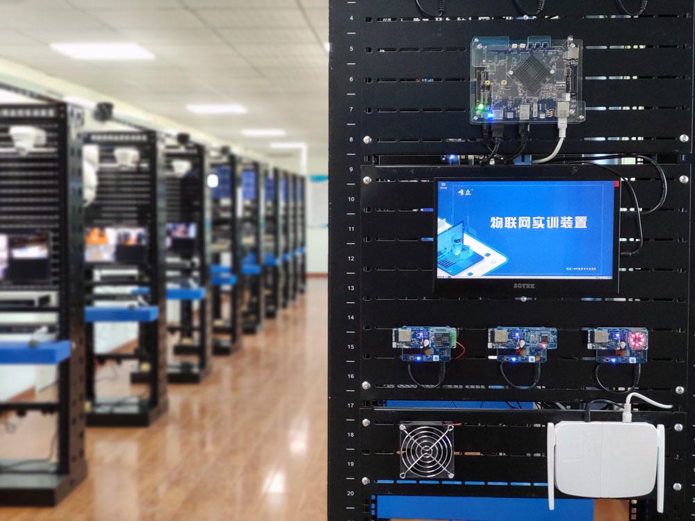武汉市交通科技学校网络智能化安防系统安装与维护实训基地竣工